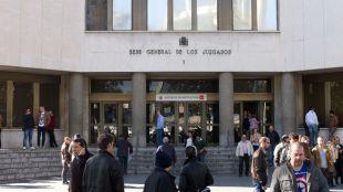 El excomisario Villarejo, imputado por el apuñalamiento a la doctora Pinto