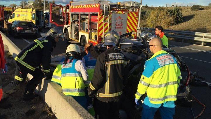 Un herido grave y otro leve en una colisión en la M-50