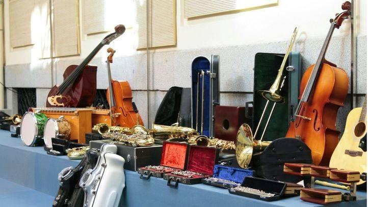 La Casa Encendida recoge instrumentos musicales para escuelas de música y conservatorios de África y Oriente Medio