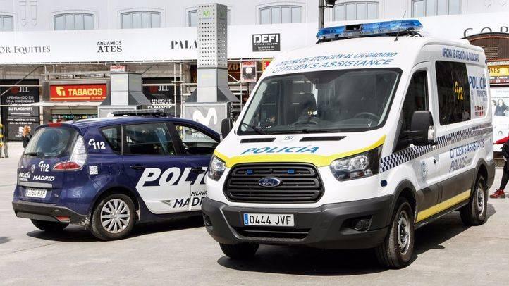 Foto de archivo de dos vehículos de la Policía Municipal.