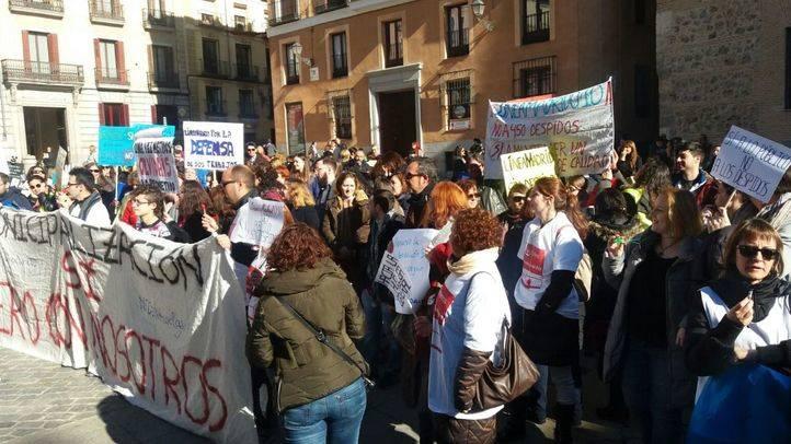 Manifestación de Linea Madrid en la Plaza de la Villa