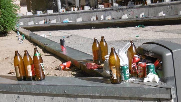 Suciedad en la Plaza de Arturo Barea (Lavapiés)