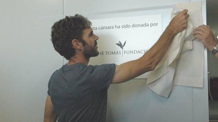 José Tomás inaugura la cámara frigorífica que ha donado al Banco de Alimentos de Madrid