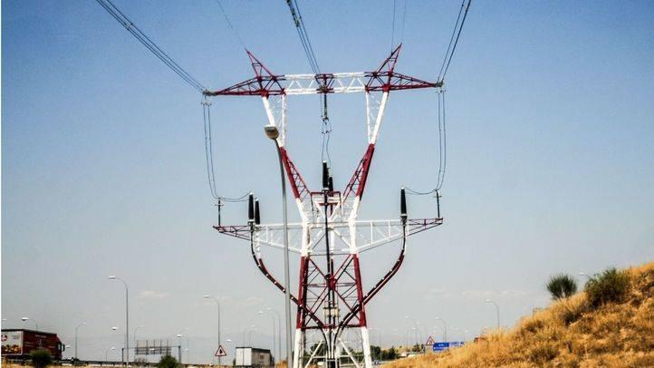 Un trabajador se precipita desde una torre de alta tensión en Fuenlabrada