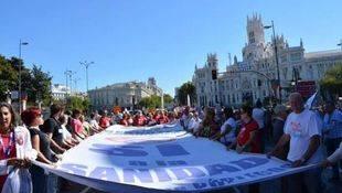 La Marea Blanca sale a las calles a una semana de las elecciones