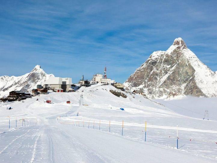 El Ayuntamiento oferta 3.000 plazas en cursos de esquí y snow