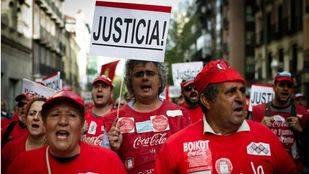 Trabajadores de Coca-Cola inician paros parciales hasta el 31 de enero por falta de trabajo