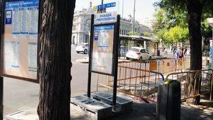 300 paradas de autobús de la capital no son accesibles