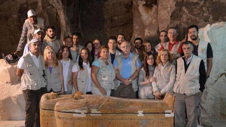 Arqueólogos madrileños encuentran en Luxor el sarcófago de un faraón