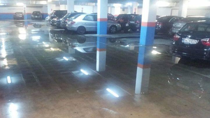 Inundaciones del parking municipal de la calle Elvira, en Fuente del Berro.