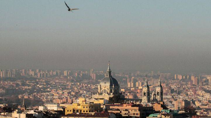 Boina de Madrid por la contaminación.
