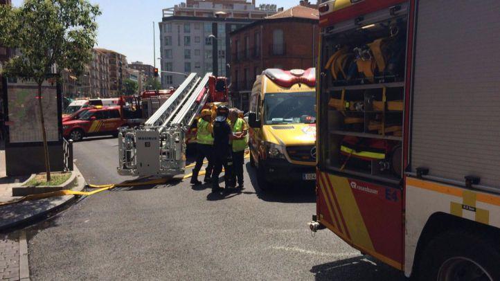 Una mujer fallecida y dos heridos leves en un incendio en la calle General Margallo
