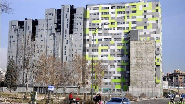La EMVS aprueba iniciar los trámites para anular la venta de 18 promociones de vivienda a un 'fondo buitre'