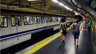 Muere arrollado un hombre en la estación de Metro de Oporto