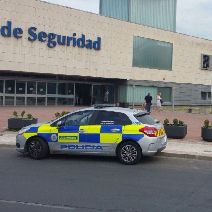 Robado un coche con un niño dentro en Cuatro Vientos y lo abandonan en Alcorcón
