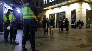 La policía cierra 33 locales en Nochevieja por incumplir el horario