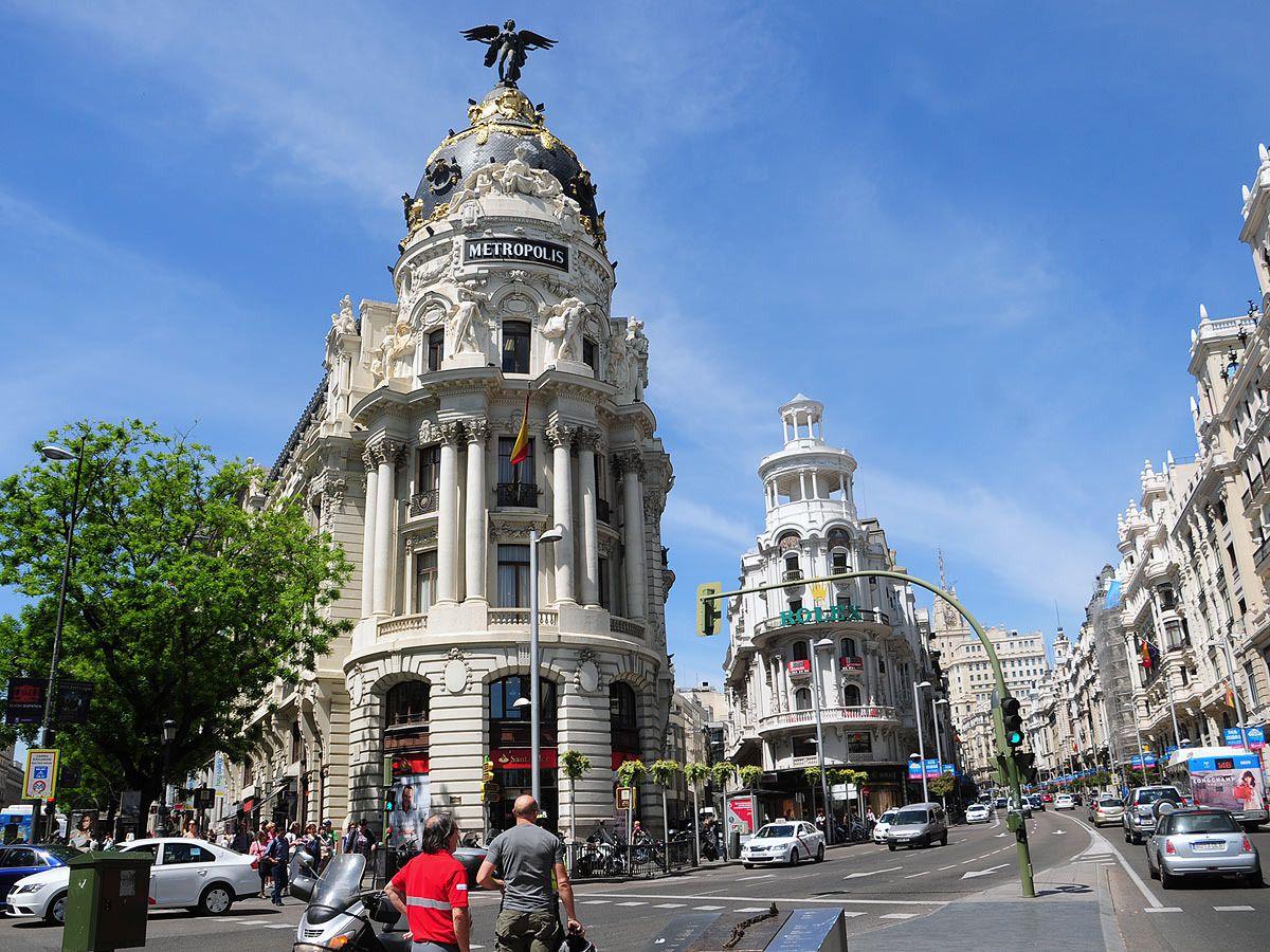 edificio metropolis viaje a madrid