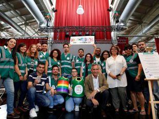 Voluntarios, representates del Ayuntamiento de Madrid y Ecovidrio en la rueda de prensa