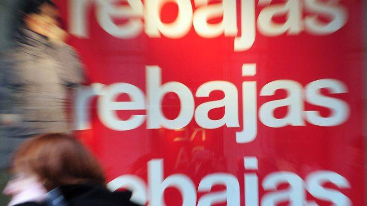 Asociaciones de consumidores alertan de que las rebajas no conllevan un recorte de derechos