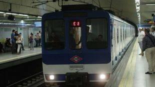 El perfil de los aspirantes a conductor de Metro es hombre, entre 30 y 45 años y de Madrid