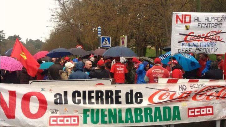 Concentración en la calle en apoyo a los trabajadores de Coca Cola