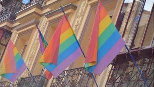 Banderas representativas del Orgullo en Chueca. (Archivo)