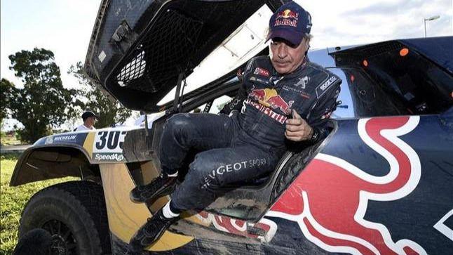 Dakar, etapa 10: Carlos Sainz continua casado con el infortunio