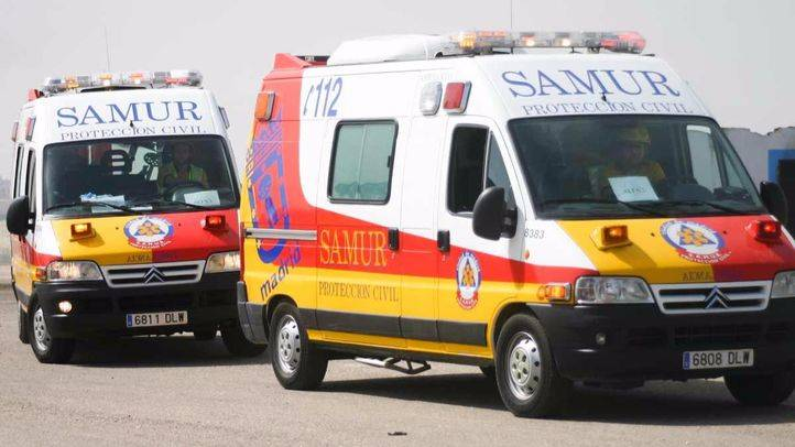 Herido muy grave un hombre de 57 años arrollado por un autobús de la EMT