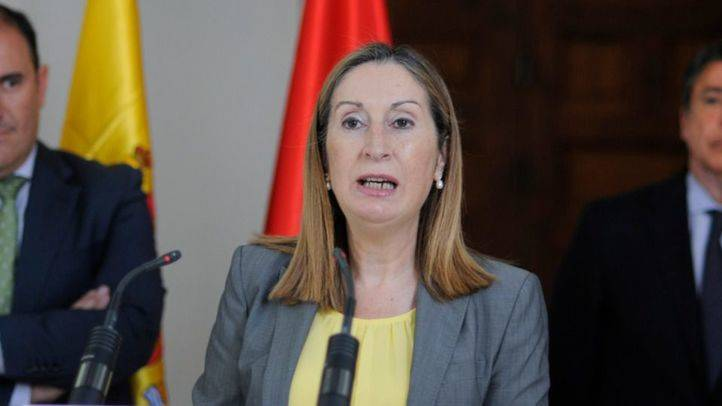 Fomento encarga el proyecto del tren que unirá Madrid y Santander