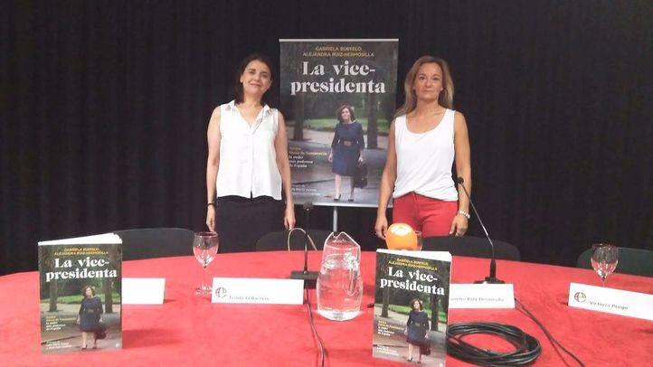 Gabriela Bustelo y Alejandra Ruiz-Hermosilla, autoras del libro 'La vicepresidenta'