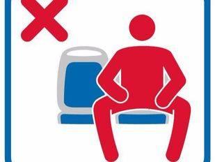 Nueva señalización en la EMT para advertir sobre el manspreading