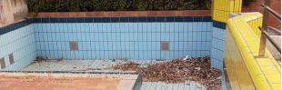 Las instalaciones están a la espera de una reforma desde hace siete años, según estas imágenes suministradas por el PSOE de una visita reciente.