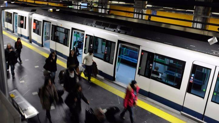 Metro reforzará la línea 8 para atender la demanda de viajeros por Fitur
