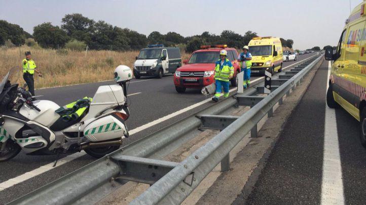 Muere un motorista de 64 años al chocar contra un quitamiedos en la Villanueva de la Cañada