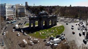 Vista aérea de la plaza de la Independencia y de la Puerta de Alcalá.