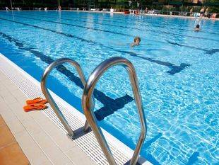 Fallece la niña de 2 años que sufrió un episodio de ahogamiento en una piscina