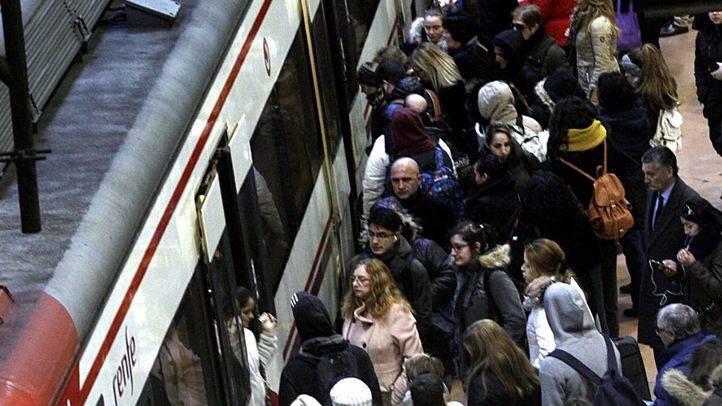 Una pequeña explosión en un tren en Villaverde provoca el caos entre los viajeros