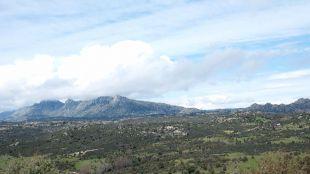 Campo abierto por el Sierra de Madrid