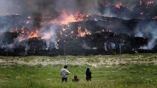 Incendio en el cementerio de neumáticos de Seseña (Toledo, 2016)