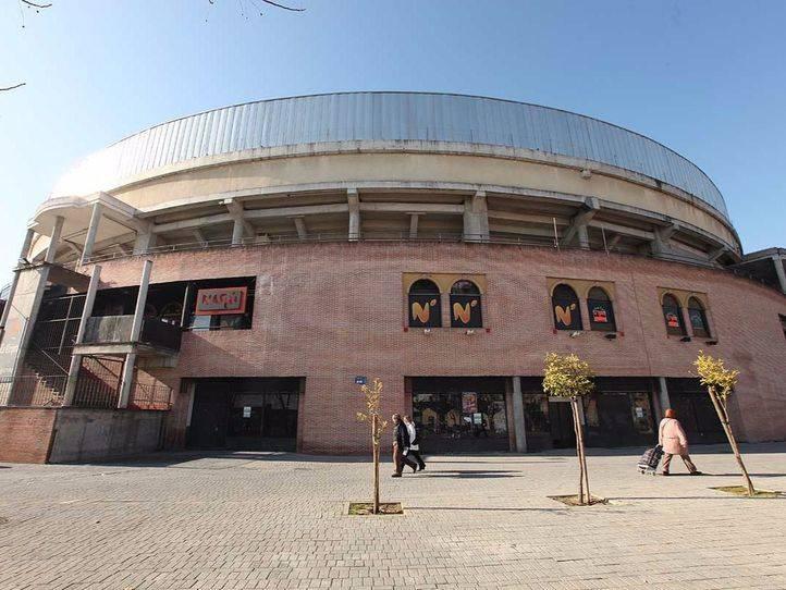 Recogida de firmas en Leganés para pedir el cierre de La Cubierta y acabar con