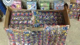 Objetos falsificados requisados por la Policía Municipal en Usera