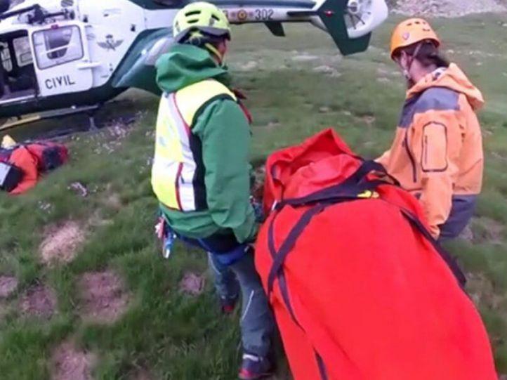 Rescatados dos montañeros madrileños en el pico Gran Facha