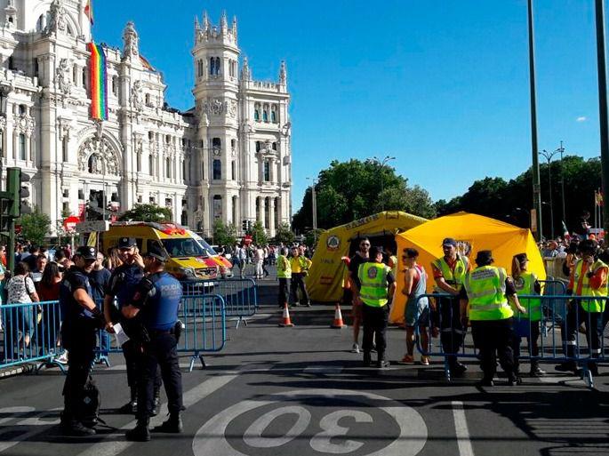 Agentes de la Policía de Madrid durante el World Pride