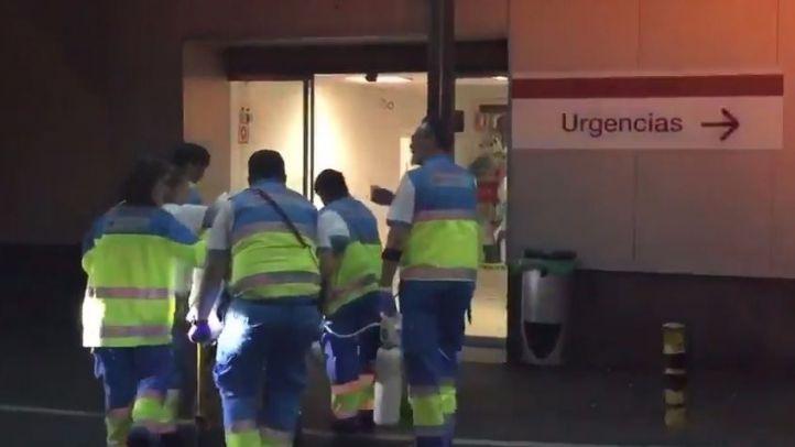 Herido grave un trabajador tras caerle encima una máquina expendedora