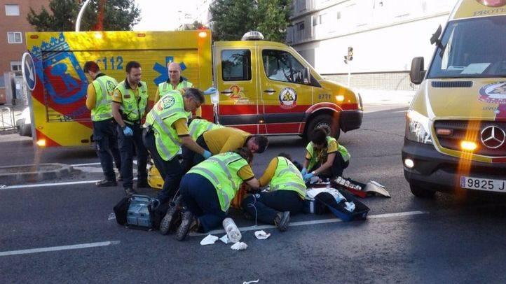 Un ciclista, herido grave tras ser atropellado por una furgoneta en Carabanchel