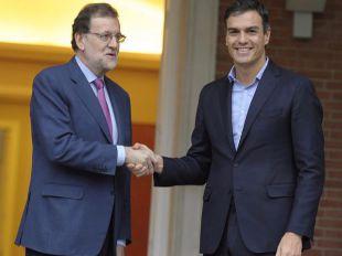 Expectación ante el primer encuentro en esta legislatura entre Rajoy y Sánchez en Moncloa