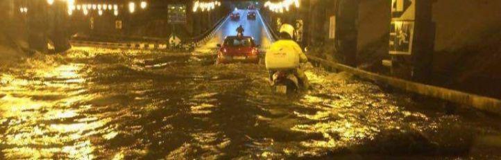 La lluvia inunda hospitales, carreteras y estaciones de Metro en toda la región