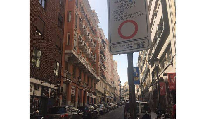 Señalización en la calle Leganitos.
