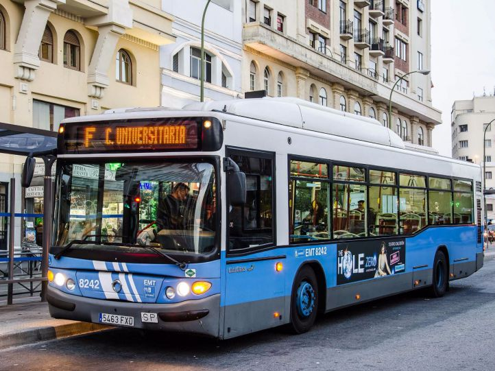 Los autobuses 'se van de vaciones': varias líneas universitarias dejan de prestar servicio este verano