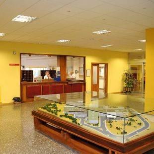 Garrido defiende que la dotación de personal de la residencia de Arganda cumplía la normativa